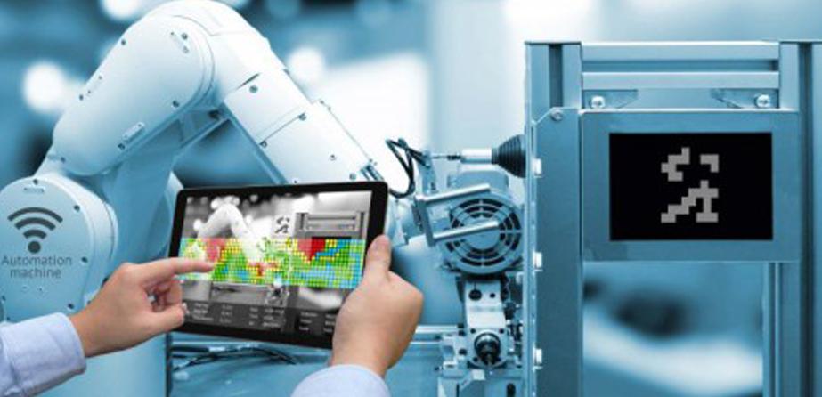 Cada vez mais empresas investem em tecnologia inteligente. Na França, Saint Gobain e Schneider Electric são exemplos que transformam o mundo da indústria.