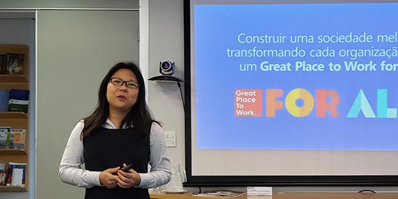 Consultora do Great Place to Work aponta os caminhos para se adequar às empresas do futuro durante reunião com Comissão de Educação Superior da CCIFB-SP.