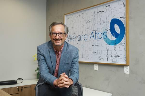 Executivos que lideram gigantes como Schneider Electric e Atos compartilham aprendizados e lições de liderança durante crise do novo coronavírus.